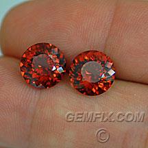 round pair garnet orange red