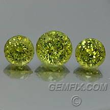 andradite grossular round green garnet