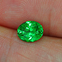 green tsavorite garnet oval